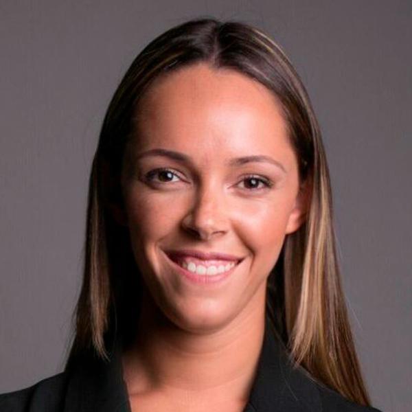 Carolina Caixinha - Colaboradora