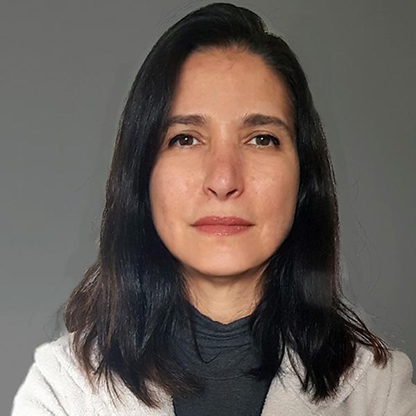 Renata Leite - Coordenação Gráfica