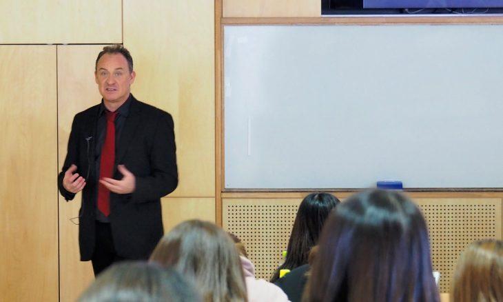 João Romão - Professor associado numa Universidade de Hiroshima